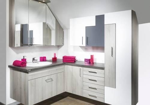 Koupelnový nábytek 102