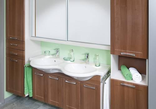 Koupelnový nábytek 85