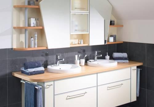 Koupelnový nábytek 87